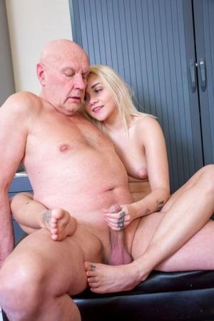 Teens and Oldman Porn